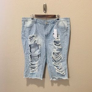 NWT Rue+ High Rise Bermuda Distressed shorts